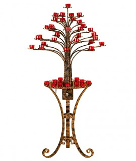 Tree shaped candleholder with lock